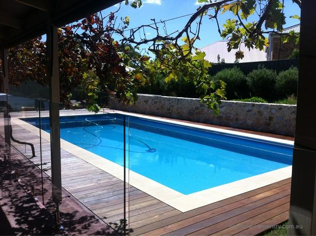 Spotted Gum decking surrounding a pool